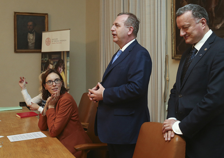 France's Minister of State for European Affairs, Amélie de Montchalin, Charles University Rector Tomáš Zima, and the Vice-Rector for Research, Jan Konvalinka.
